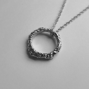 18K White Gold Pendant